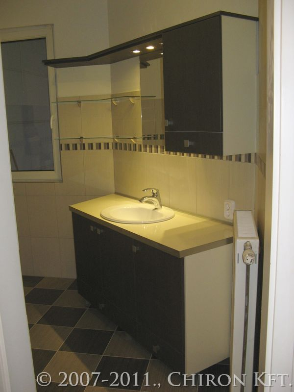 Modern stílusú fürdőszoba bútor